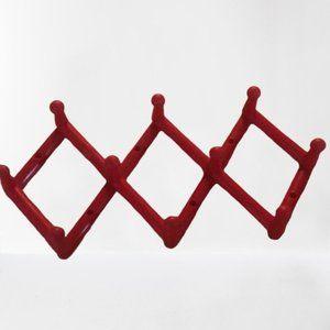 Plastic wall hanger